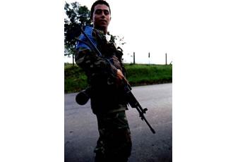 若い軍人が一人